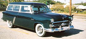280px-1952_ford_ranch_wagon
